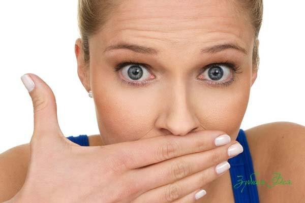неприятный запах во рту